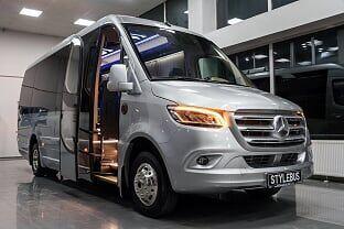 new MERCEDES-BENZ 519 passenger van