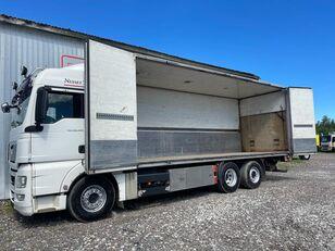 MAN TGX 26.440, 6x2 box truck