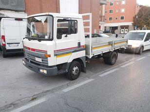 NISSAN L50.09 Cassone Fisso 50 qli - Patente C !!! flatbed truck